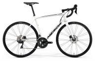 Шоссейный велосипед  Merida Scultura Disc 400 (2019)